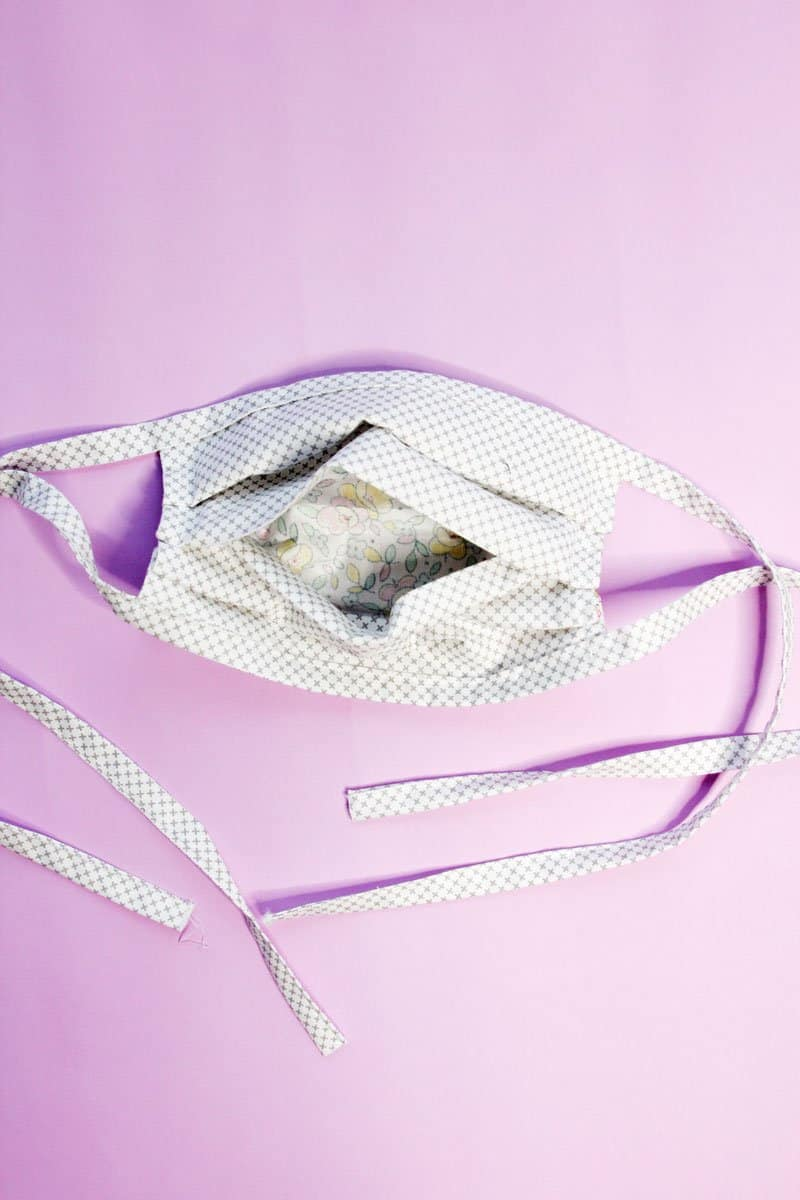 Face Mask with Filter Pocket Pattern
