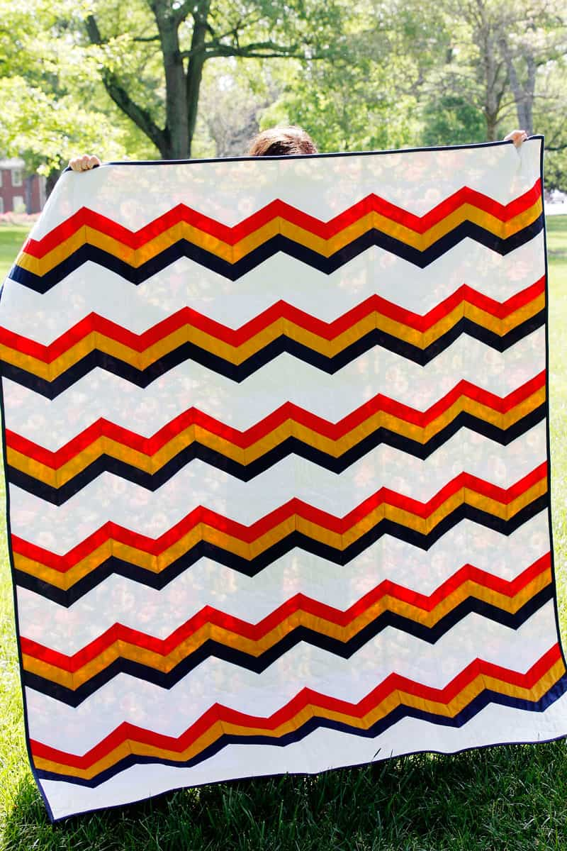 Quilt Pattern of the Month - The Summer Camp Quilt Pattern - Zig Zag Quilt