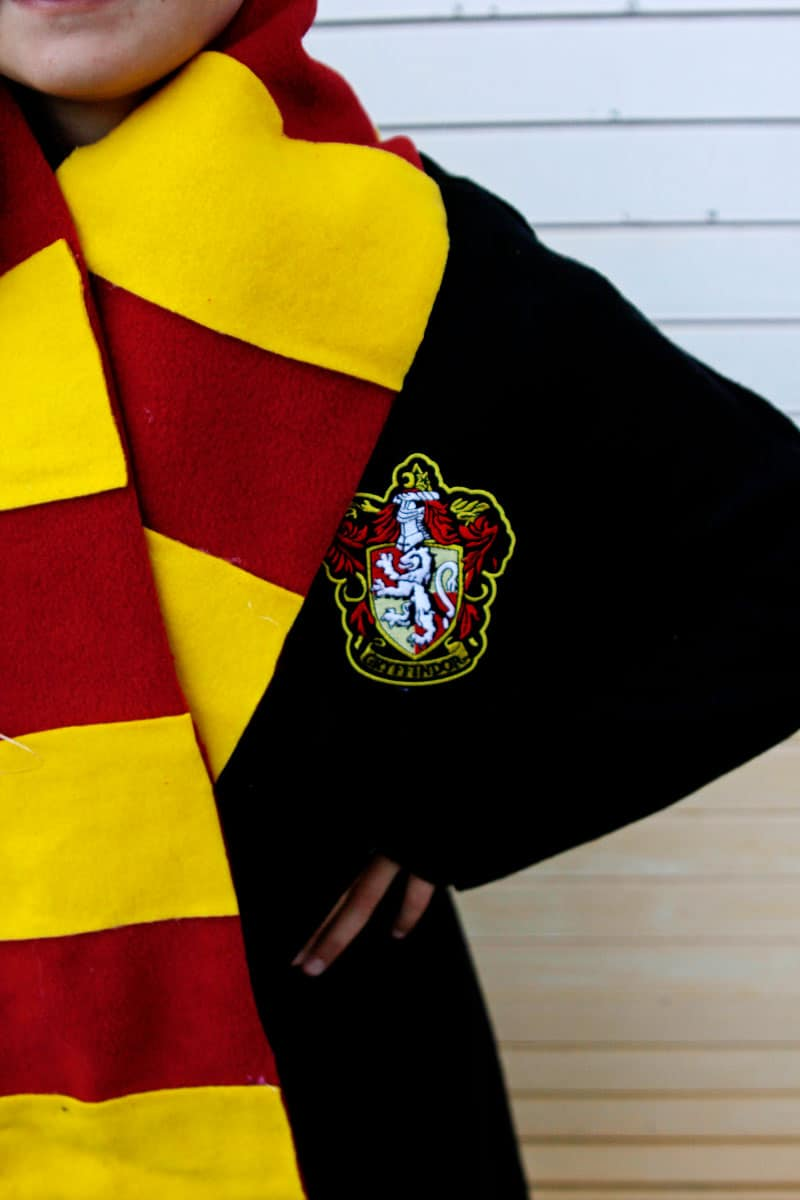 Harry Potter Robe Patch | DIY HP Robe and Scarf