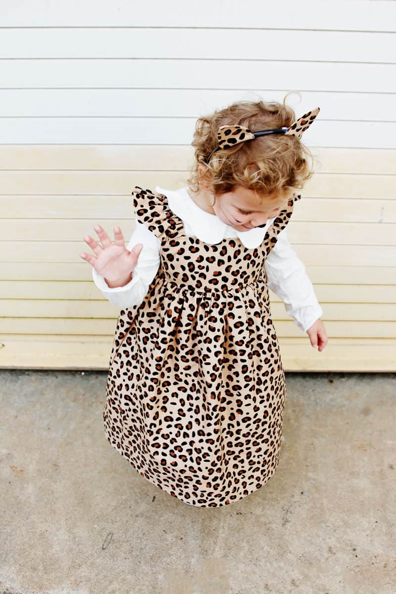 Cute Ruffle Dress with Leopard Fabric