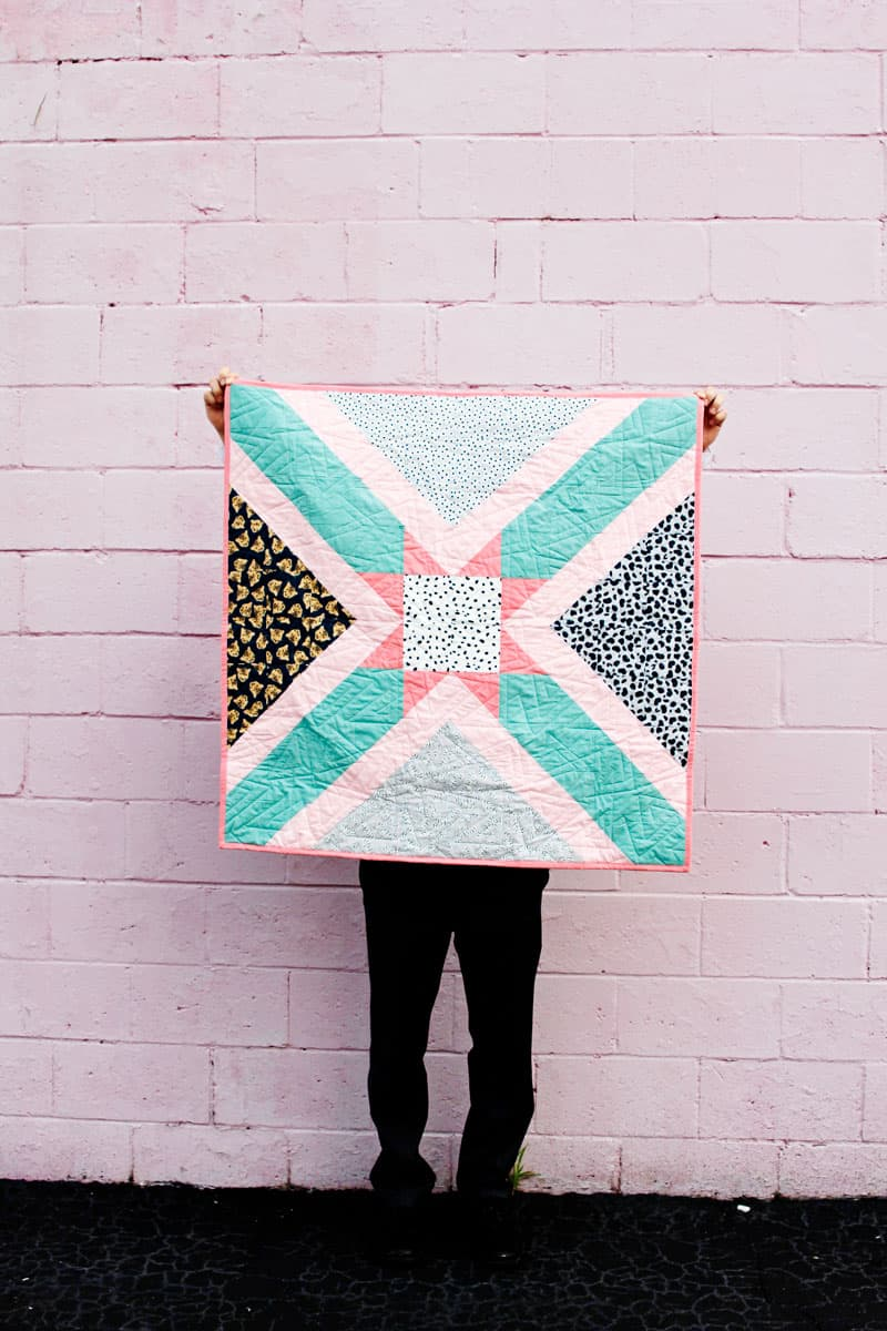 Little Star Baby Quilt   Pattern of the Month